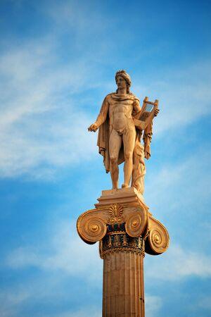 Athena statue in Athens, Greece. 版權商用圖片