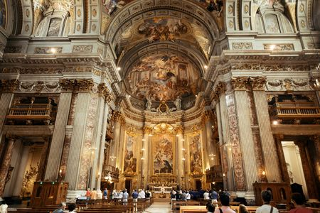 ROME - MAY 12: Beautiful interior from The Church of St. Ignatius of Loyola on May 12, 2016 in Rome, Italy. Rome ranked 14th in the world, and 1st the most popular tourism attraction in Italy. Editöryel