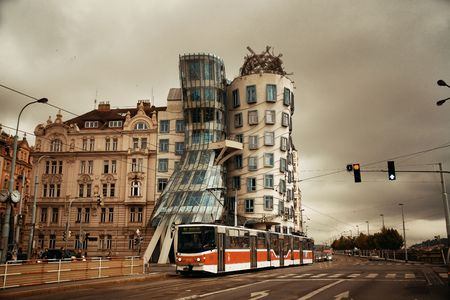 PRAGUE – OCT 8: Dancing house or Fred and Ginger as the famous landmark on October 8, 2016 in Prague, Czech Republic. Prague is the capital and largest city in Czech Republic with rich culture  에디토리얼