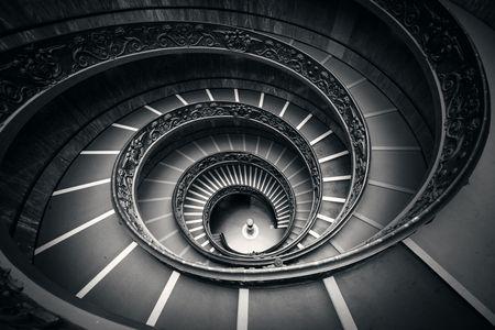 Scala a chiocciola nei Musei Vaticani.