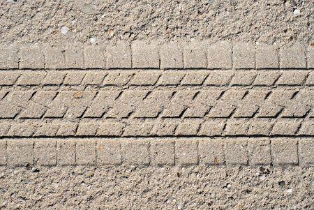 tyre tread: Sand with tyre tread