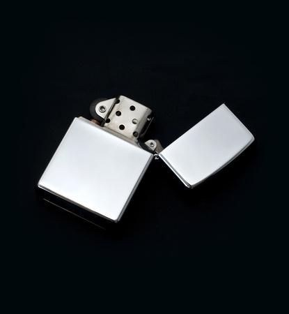 encendedores: Encendedor de plata Foto de archivo
