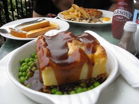 fare: Authentic Shepherds Pie in London