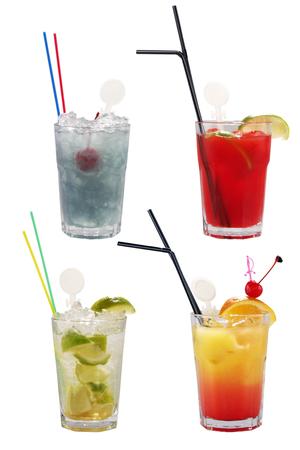Ensemble de cocktails alcoolisés sur blanc Banque d'images - 22924126