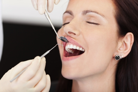 ortodoncia: Primer del paciente que recibe tratamiento en la clínica del dentista