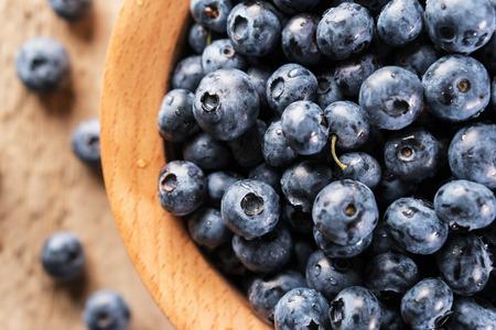 Fresh blueberries closeup.  Antioxidant organic superfood. Standard-Bild - 106385540