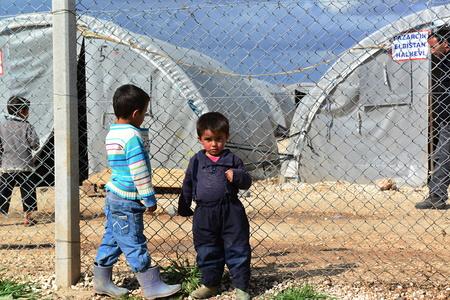 turquia: pueblo sirio en el campo de refugiados en Suruc. Estas personas son refugiados de Kobane y escaparon a causa de ataque al estado isl�mico. 03302015, Suruc, Turqu�a