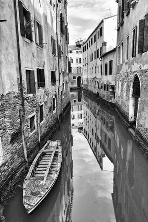 nice gondola in venice in italy Standard-Bild