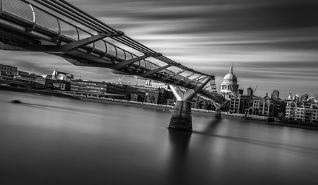 millennium bridge: millennium bridge and st paul cathedral