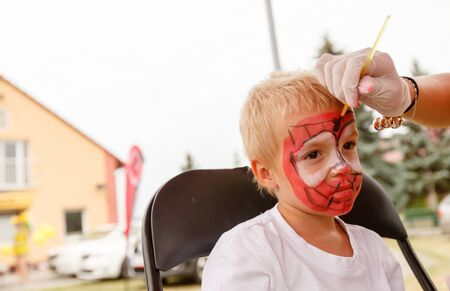 body painting: little boy and body painting (shallow DOF)