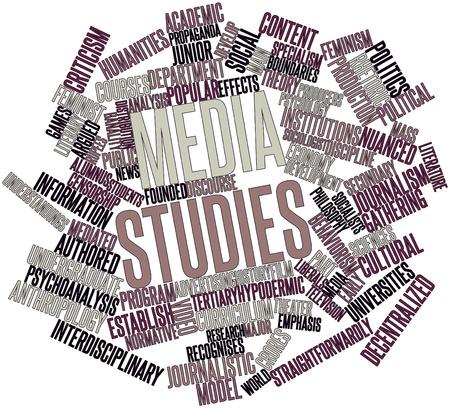 journalistic: Word cloud astratto per gli studi multimediali con tag correlati e termini