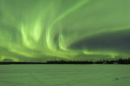 Aurore boréale à Chena Lakes en Alaska