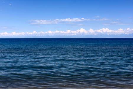 kyrgyzstan: Issyk-Kul, el lago de monta�a famosa en Kirguist�n