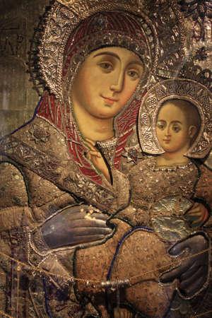 nacimiento de jesus: Representaci�n de Mar�a y Jes�s dentro de la Iglesia de la Natividad