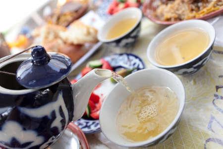 Green tea after lunch in the uzbek restaurant Stockfoto