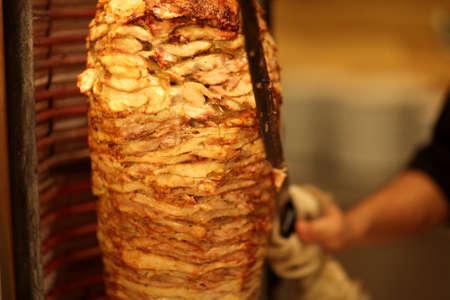 Es ist shawarma im griechischen Restaurant Standard-Bild - 15588576