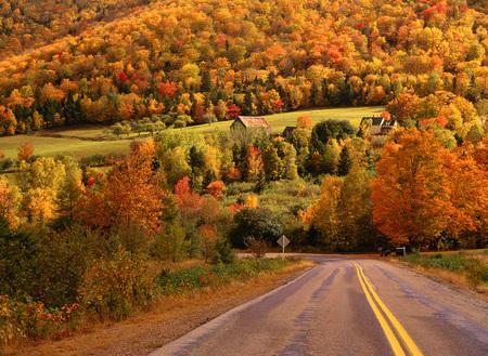 non: Autumn, Margaree Valley, Nova Scotia, Canada LANG_EVOIMAGES