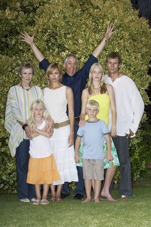 glower: Family Portrait LANG_EVOIMAGES
