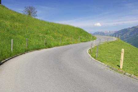 curve road: Road on Hillside, Switzerland LANG_EVOIMAGES