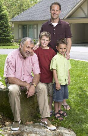 three generation: Family Portrait LANG_EVOIMAGES