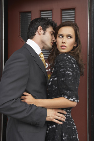 scandalous: Couple Going into Motel Room LANG_EVOIMAGES