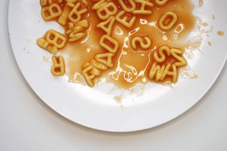 clement: Alphabet Pasta in Tomato Sauce LANG_EVOIMAGES