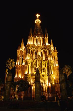 san miguel arcangel: La Parroquia at Night, San Miguel de Allende, Mexico