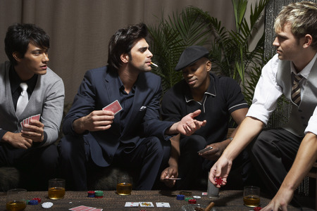 accuser: Men Playing Cards LANG_EVOIMAGES