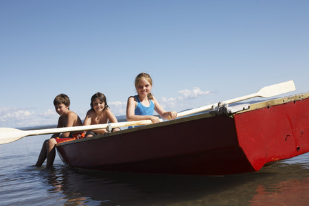 wetting: Children in Rowboat