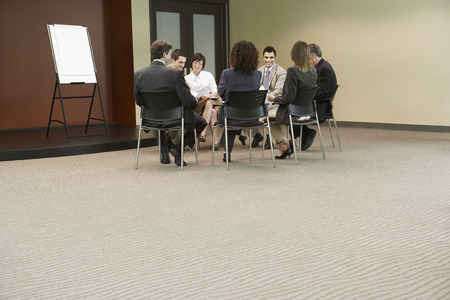 salespeople: Business People at Meeting LANG_EVOIMAGES