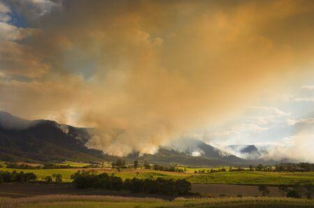environmental issues: Bushfire, Finch Hatton, Pioneer Valley, Queensland, Australia