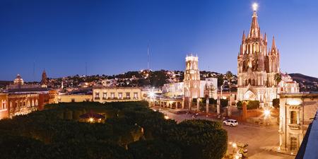 san miguel arcangel: San Miguel de Allende al atardecer, México