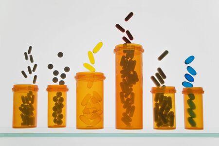 Pill Bottles LANG_EVOIMAGES