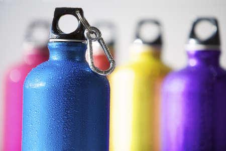 karabiner: Reusable Water Bottles