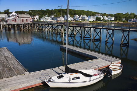 Sailboat and Footbridge, Boothbay Harbor, Maine, USA LANG_EVOIMAGES