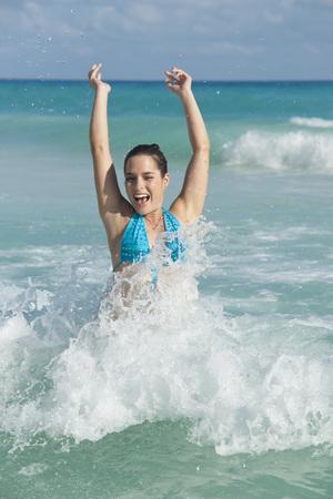 traje mexicano: Woman in Ocean, Reef Playacar Resort and Spa, Playa del Carmen, Mexico LANG_EVOIMAGES