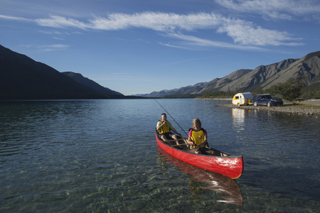 Canoeing at Muncho Lake, Alaska Highway, British Columbia, Canada