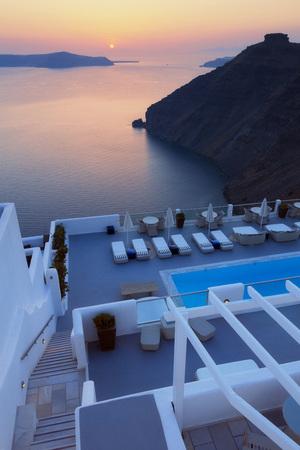 inground: Looking Down at Hotel Swimming Pool at Sunset, Firostefani, Santorini, Cyclades, Greek Islands, Greece LANG_EVOIMAGES