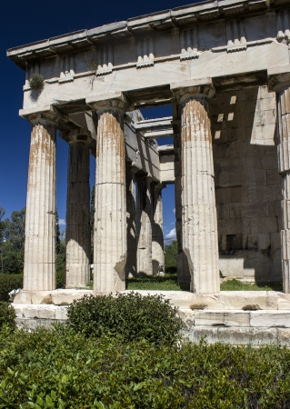 columnas romanas: columnas romanas, adornos, ruinas Foto de archivo