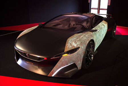 PARIS - JANUARY 30 - Peugeot Onyx, Concept cars exposition on JANUARY 30, 2014 at Les Invalides museum in Paris, France