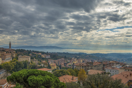 Italy, Toscana panorama with fog on distance