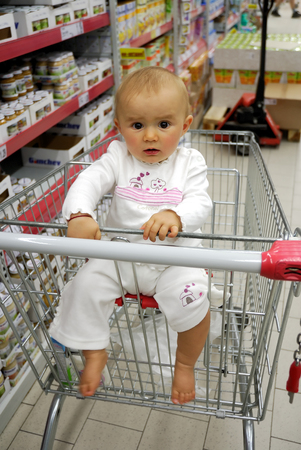 shoppings: Small smiling baby to go shopping