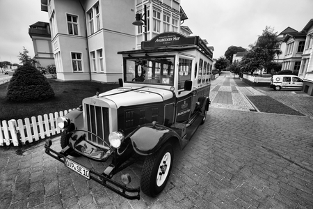 antique car: Antique car in front of one of the hotels in Ahlbeck.