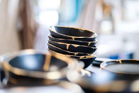 Minimalistic and futuristic high-end ceramics pottery artists workshop. Selective focus Standard-Bild
