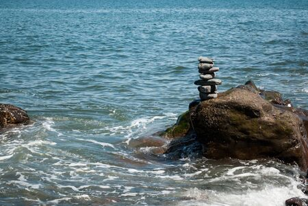 Stacked Pebble Turm von Wave-Washed