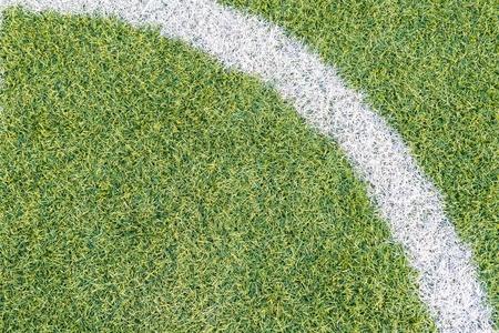 pasto sintetico: Campo de f�tbol de hierba sint�tica textura muy detallada con esquina L�nea Blanca