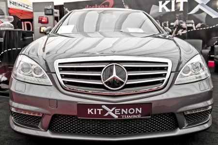 mercedes: Mercedes S-classe W221  Front View  With Facelift At The International Auto-Moto Show In Bucharest Editorial