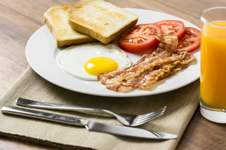 english breakfast: Tasty English Breakfast And Fresh Orange Juice