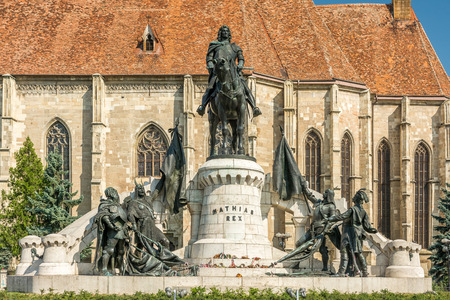 cluj: The Matthias Corvinus Monument is a historic monument in Cluj-Napoca conceived by Janos Fadrusz and opened in 1902. Stock Photo