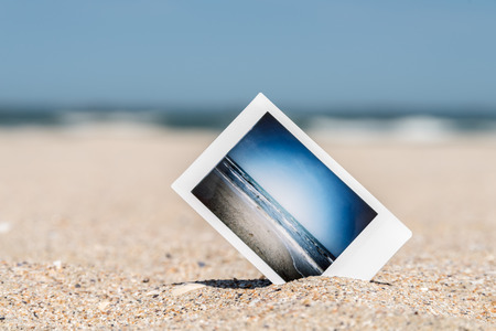 Instant Photo Met Vacation Memories Op Ocean Beach